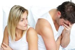 Яички разного размера у мужчин — от чего это зависит?